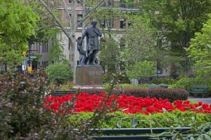 A photo of Gramercy Park, NYC. A walking tour destination.