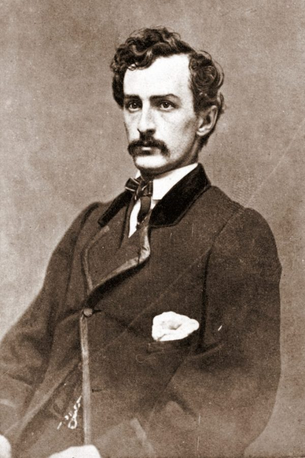 John_Wilkes_Booth,_assassin_CDV-1