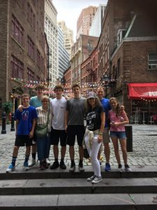 Stone Street tourists